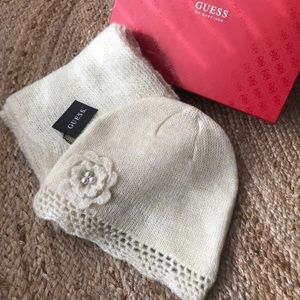 Scarf + hat gift set GUESS by Marciano NWT
